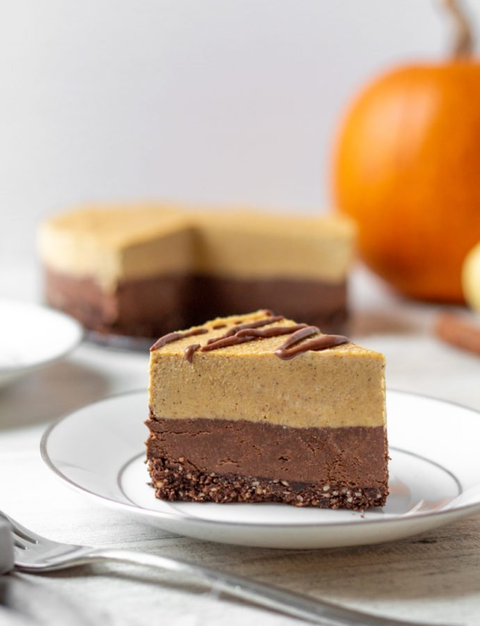Vegan No-Bake Chocolate Pumpkin Cheesecake