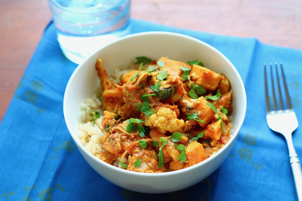 Chicken and Cauliflower Coconut Curry