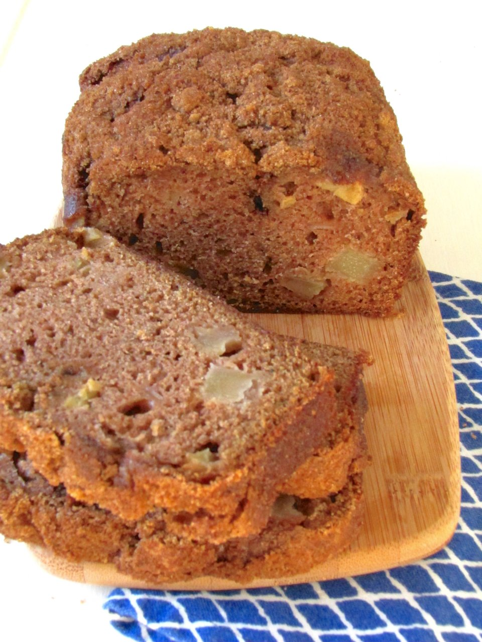 Apple Pear Cinnamon Bread