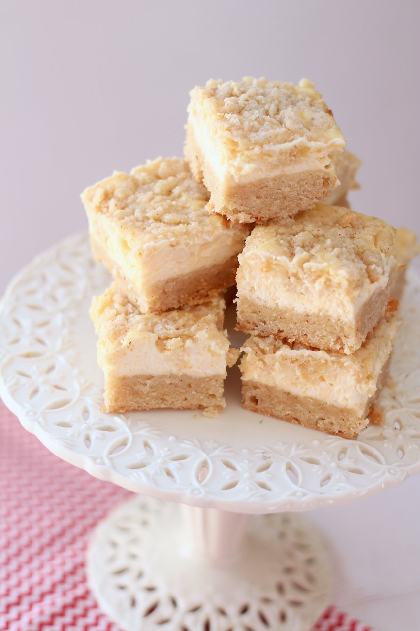 Creamy Eggnog Cookie Bars