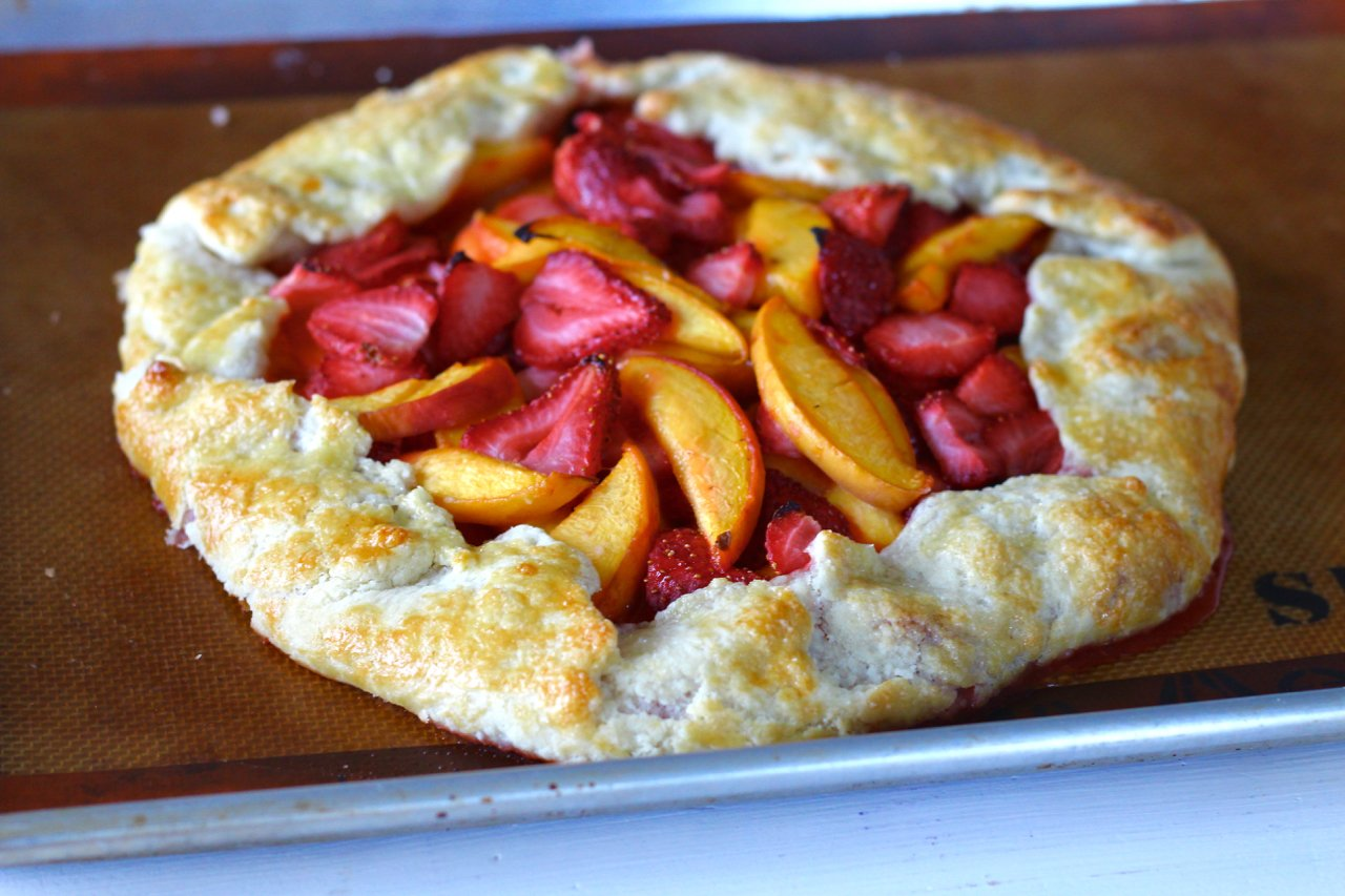 Rustic Peach and Strawberry Tart