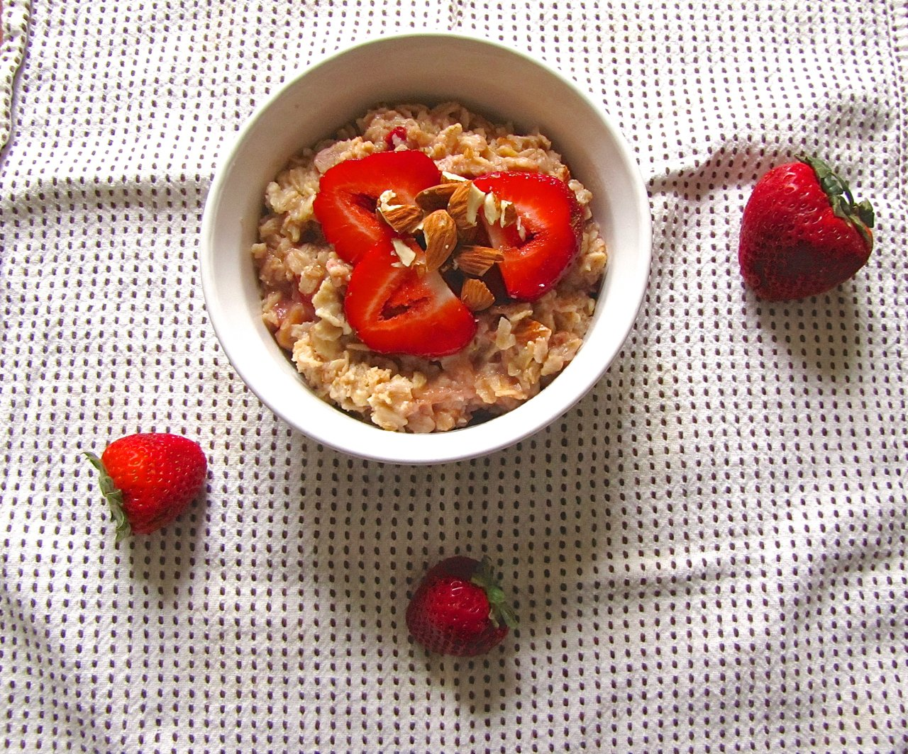Skillet Roasted Strawberry-Banana Oatmeal