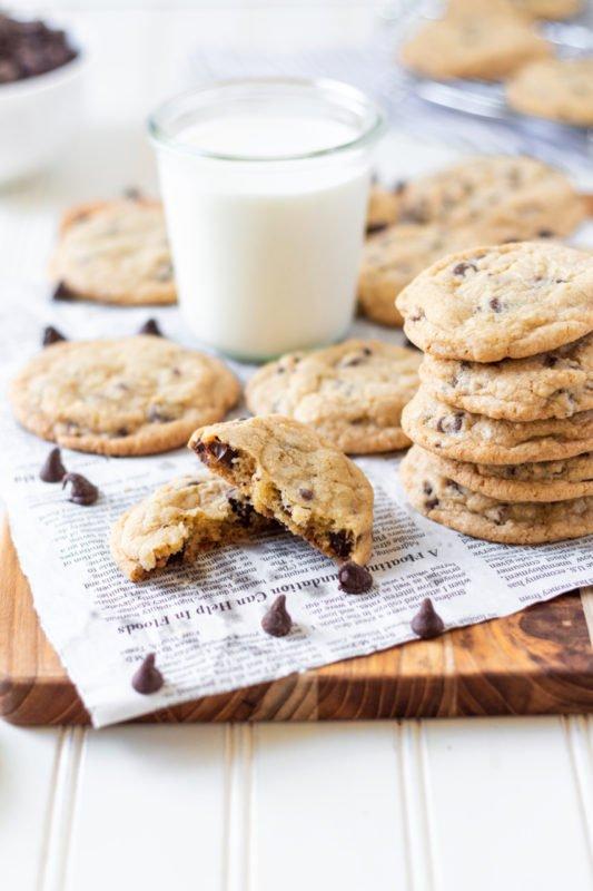 chocolate chip cookies broken cookie
