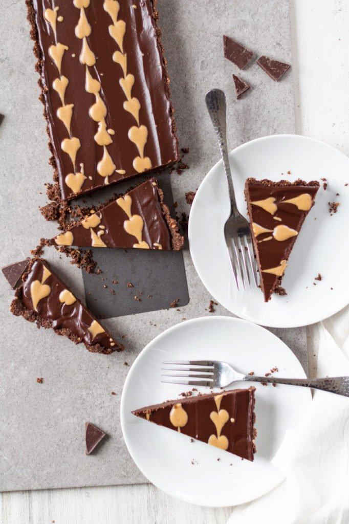 Chocolate Peanut Butter Tart overhead sliced view