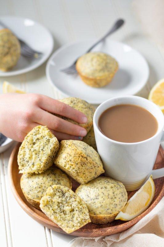 Fluffy lemon poppyseed muffins