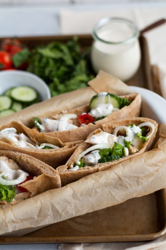 Garlic Chicken Pita
